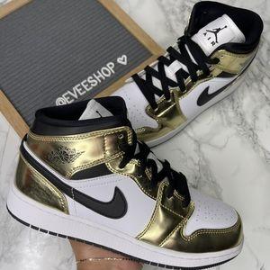 Jordan 1 Retro Gold